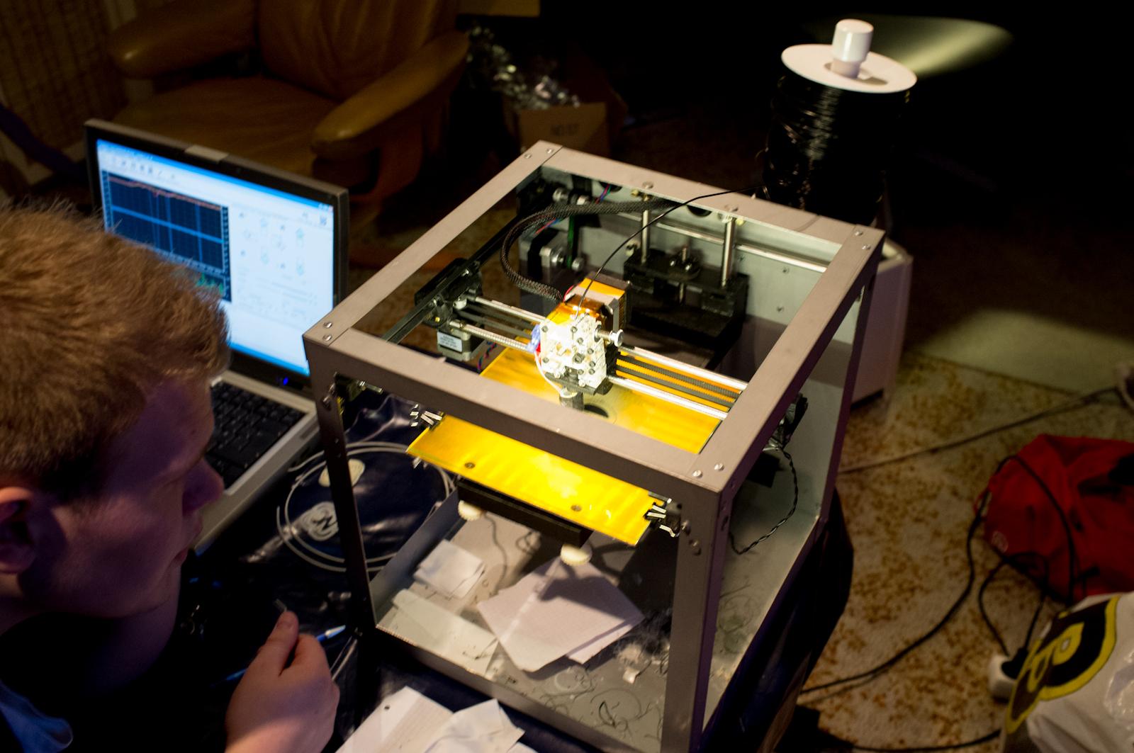 Gunnar inspecting the SD3 printer