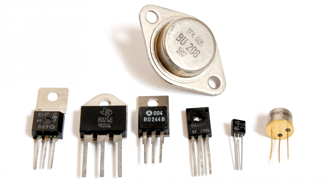 A selection of transistors (source: http://bournetocode.com)